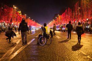 Avenue des Champs-Elysées, Paris - 22 décembre